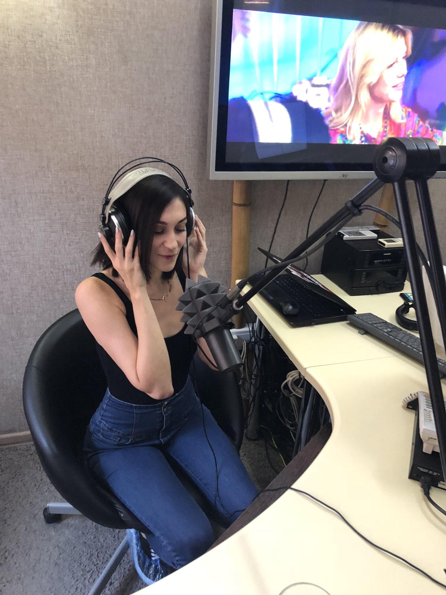 Ксения Плотникова приняла участие в  программе на «Радио 107»